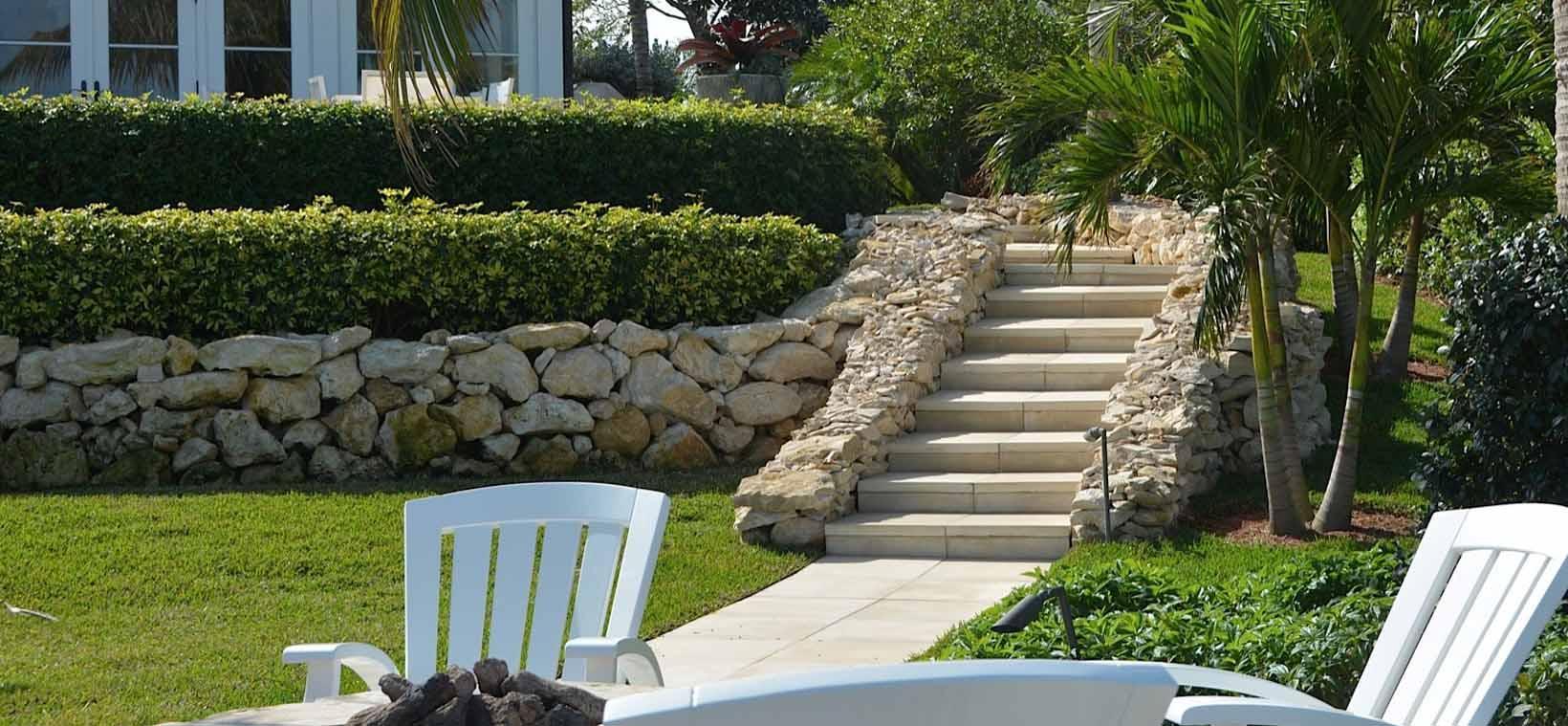Aiello-Landscape_hardscape-stairway