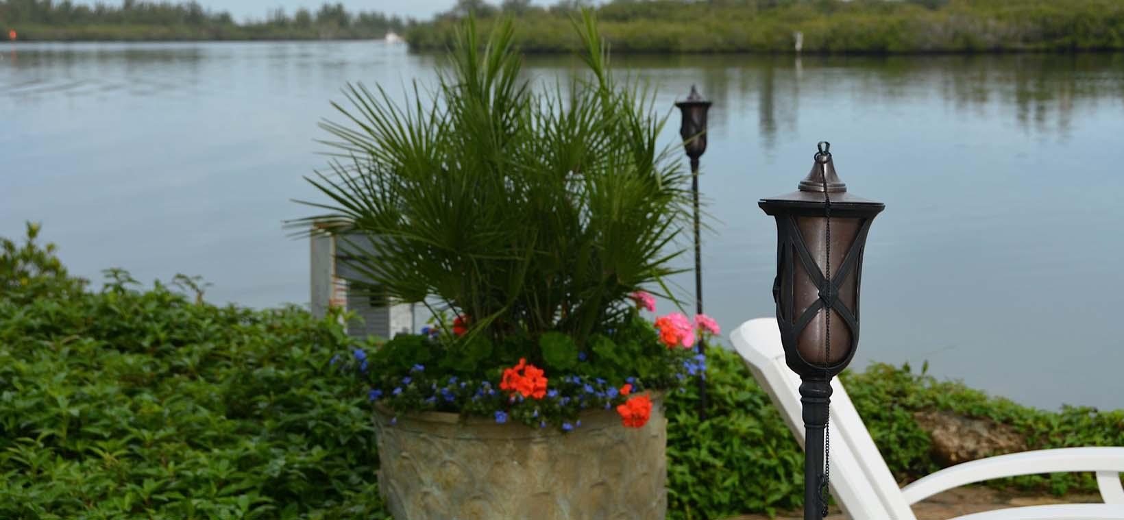 aiello-landscape_container-plants-river